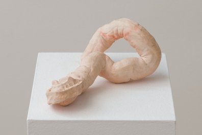 "Sofía Londoño, ""Throat,"" 2014, ceramic, 4 x 12 x 3 inches, Photo by Jeff McLane."